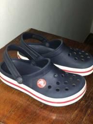 Sapatos crocs