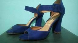 Sandália Azul-meia-noite Vizzano quase nova