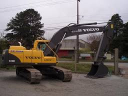 Escavadeira Volvo EC 210 - 2009