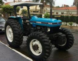 Trator New Holland 7610