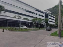 Sala comercial 65 m² para aluguel com 2 vagas de garagem no Square Corporate Saco Grande