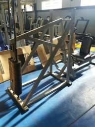 máquina usada musculação