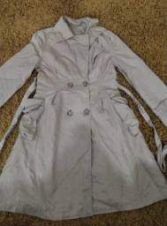 Título do anúncio: Sobretudo 50, jaqueta 40, saia e blusa 50