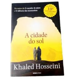 """Título do anúncio: Livro """"A cidade do sol"""" de Khaled Hosseini"""
