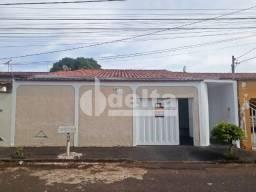 Casa para alugar com 5 dormitórios em Jardim patricia, Uberlandia cod:525675