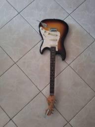 Guitarra Memphis MG22 em perfeito estado, revisada!