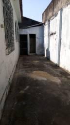 Título do anúncio: Alugo casa em Pavuna de 2 quartos