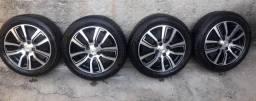Rodas de liga GM/4 pneus semi novos