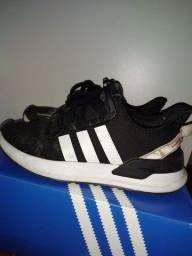 Título do anúncio: Tênis Adidas Tam 37