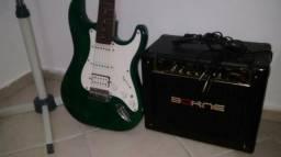 Vendo guitarra com Caixa BORNE e cabo