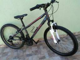 Bicicleta MTB Decathlon aro 24 semi nova