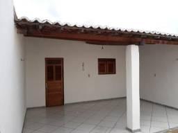 Vende-se casa em Mossoró no bairro Santo Antônio, na rua Dina de Souza Menezes