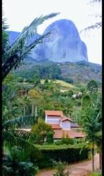 Casa em pedra azul, uma vista linda