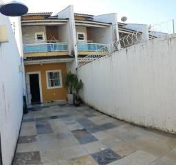 Casa duplex 3 quartos 3, banheiros, próximo do hospital de messejana frotinha