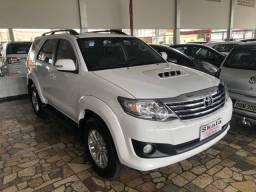 Toyota Hilux SW4 SRV D4D 3.0 Branco - 2015