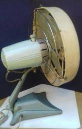 Ventilator antigo Arno