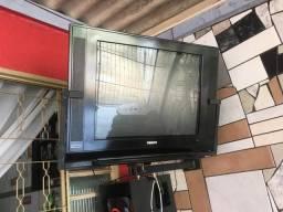 Tv 29p com conversor e mini adaptador (da pra colocar chromecast pra tv virar smart)