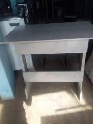 Mesa / cadeira / mult uso