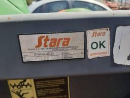 Plataforma de milho 6 linhas Stara Brava 4530 Equipamento semi novo