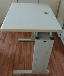 12x R$19,90  mesas para escritório estrutura reforçada R$199.00 cada