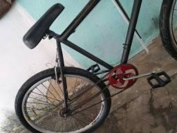 Vendo Bike recém Revisada
