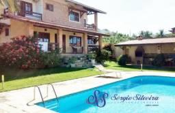 Casa no Porto das Dunas com piscina, deck com churrasqueira 5 suítes alto padrão