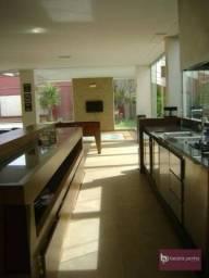 Casa com 4 dormitórios para alugar, 300 m² por R$ 15.000,00/mês - Village Flamboyant - São