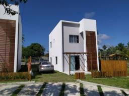 Aluga-se Casa Anual Mobiliada 2/4 suíte e varanda em Imbassaí. 500 m do rio e mar