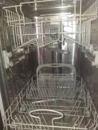 Máquina de lavar louça mais sabão de brinde de 1kg!!!