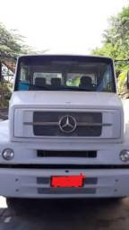 Caminhão 1318 Mercedes 10/10 - 2010