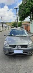 Clio sedan 2005 privillege