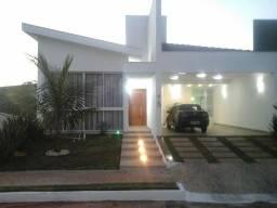 Casa à venda, 380 m² por R$ 1.500.000,00 - Condominio das Goiabeiras - Lavras/MG