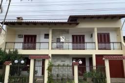 Título do anúncio: Excelente Casa Duplex com 05 Dormitórios sendo 03 Suítes no Centro de Torres/RS