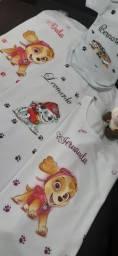 Fraldas e camisetas  personalizadas