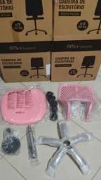 Título do anúncio: Cadeira de escritório rosa nova