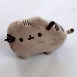 PELÚCIA PUSHEEN CAT<br>ORIGINAL 15cm