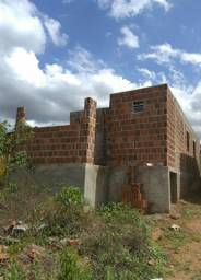 Título do anúncio: Vendo casa semi pronta com terreno 180mt²