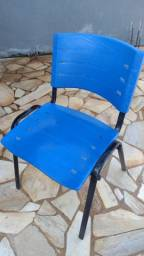 Título do anúncio: Cadeira semi nova