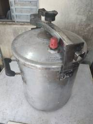 Panela de pressão industrial