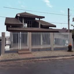 CA0507 Rio verde - Colombo - Excelente Casa Triplex- 3 quartos (suite) Garagem 4 carros;
