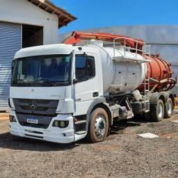 Título do anúncio: Caminhão limpa fossa combinado/vacal