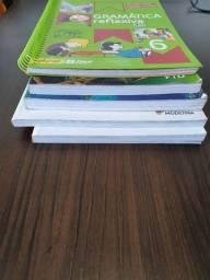 Livros do 6° Ano, praticamente sem uso.