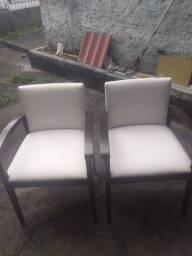 Título do anúncio: Duas cadeiras, em ótimo estado