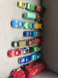Coleção CARROS da Disney com 19 unidades