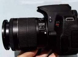 Título do anúncio: Câmera Canon T5i com Lente 18-55 e Lente 50mm
