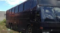 Ônibus há venda