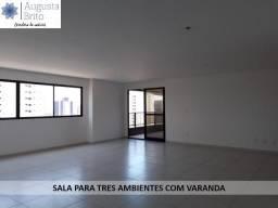 Alugo apartamento em Manaíra com quatro suítes e área de lazer