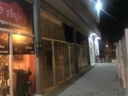 Alugo Loja Comercial Tingui / Bairro Alto