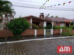 Casa com 3 dormitórios à venda, 160 m² por R$ 300.000 -Gravatá/PE
