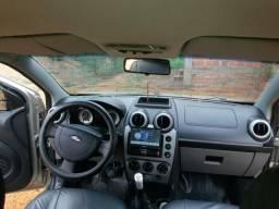 Fiesta 2008 completo contato * troco em carro com parcelas - 2008